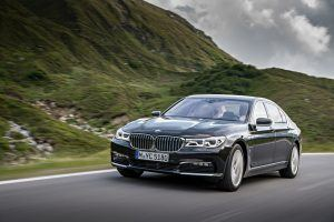 2017 BMW 740e Plug-in Hybrid gets 64 MPGe, 14-Mile Electric Range
