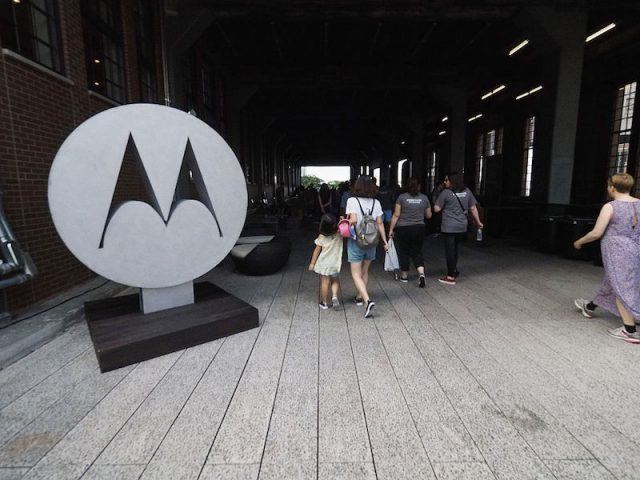 Want fast Android updates? These are the phone makers to choose and to avoid NEW YORK, NY - AUGUST 04: Participants interact as Motorola launches Moto Z Droid with Moto Mods at the High Line on August 4, 2016 in New York City.