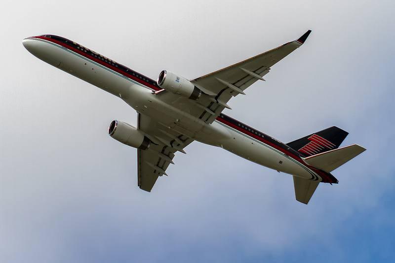 Trump Airlines jetliner