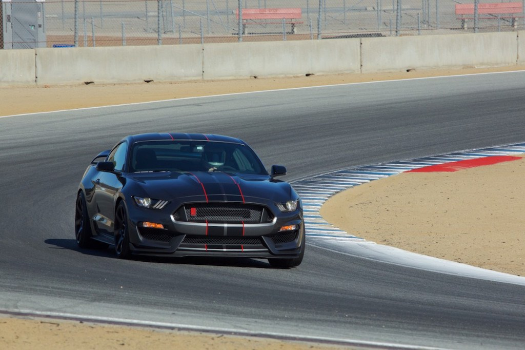 2016 Ford Shelby GT350R| Source: Ford