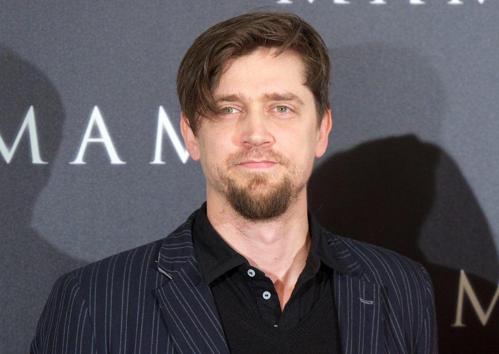 Director Andres Muschietti walks the red carpet