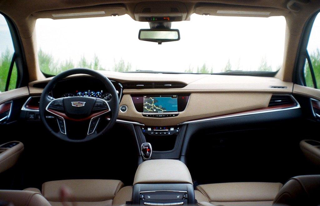 2017 Cadillac XT5 James Derek Sapienza/Autos Cheat Sheet