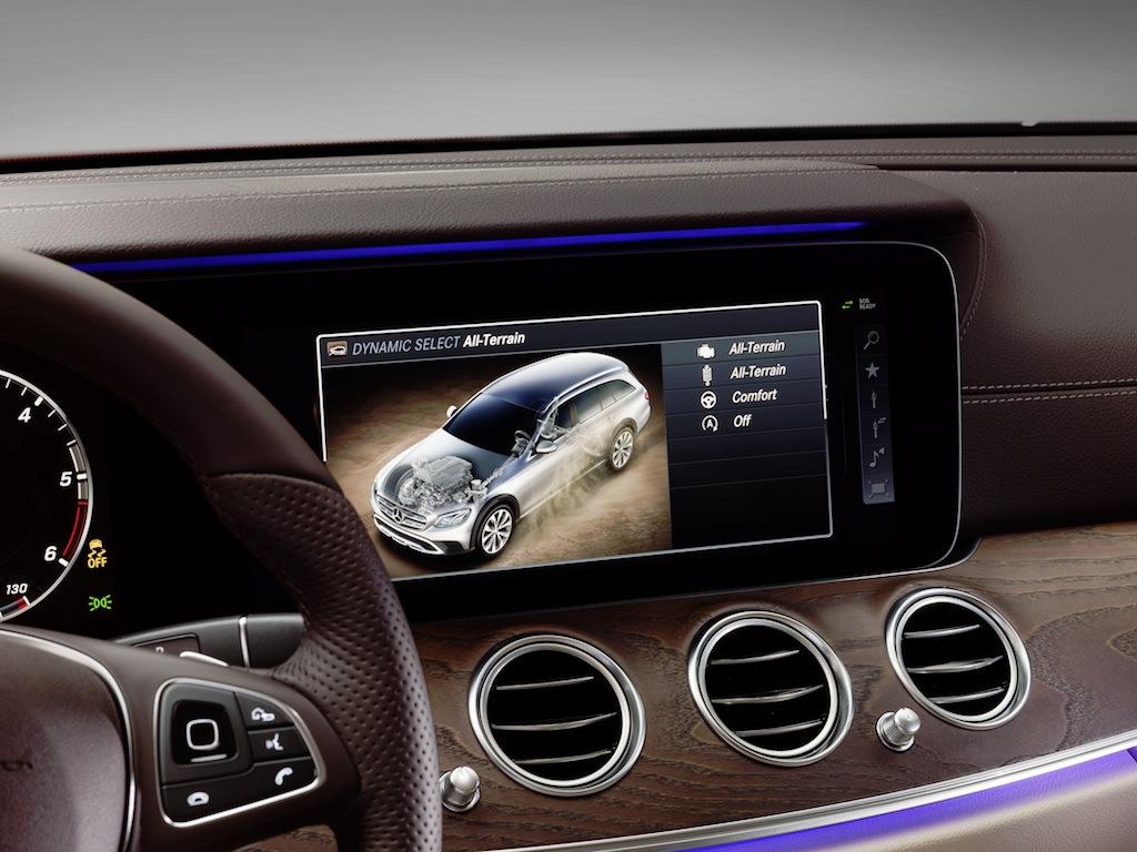 Mercedes-Benz E-Klasse All-Terrain; Studio; 2016; Interieur: Leder Nappa macchiatobeige/espressobraun ; Mercedes-Benz E-Class All-Terrain; Studio; 2016; interior: napp leather macchiato beige/esspresso brown;