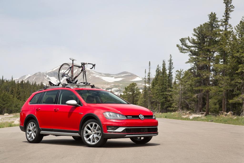 2017 Volkswagen Golf Alltrack | Volkswagen