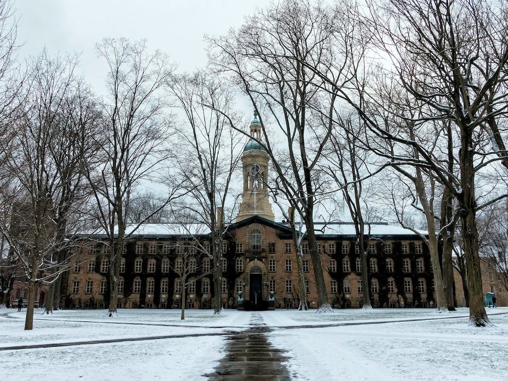 Want To Be Rich 25 Colleges With The Highest Paid