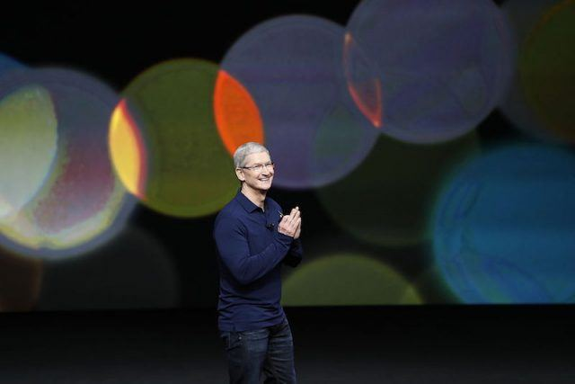 SAN FRANCISCO, CA - SEPTEMBER 07: Apple CEO Tim Cook waves as he arrives on stage during a launch event on September 7, 2016 in San Francisco, California. Apple Inc. is expected to unveil latest iterations of its smart phone, forecasted to be the iPhone 7. The tech giant is also rumored to be planning to announce an update to its Apple Watch wearable device.