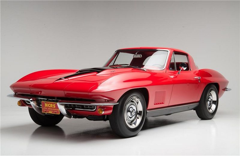 A red 1967 Corvette Stingray 427