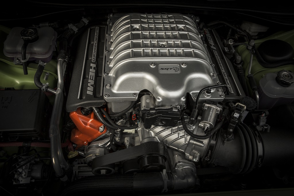 2016 Dodge Challenger SRT Hellcat engine