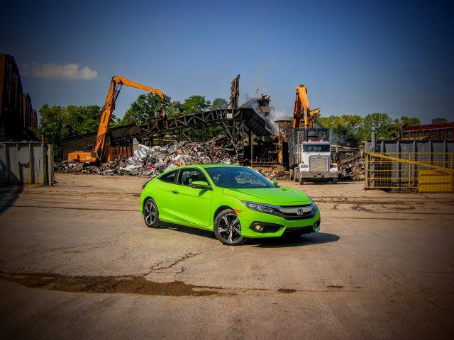 2016 Honda Civic 1.5T Touring Coupe | Micah Wright/Autos Cheat Sheet