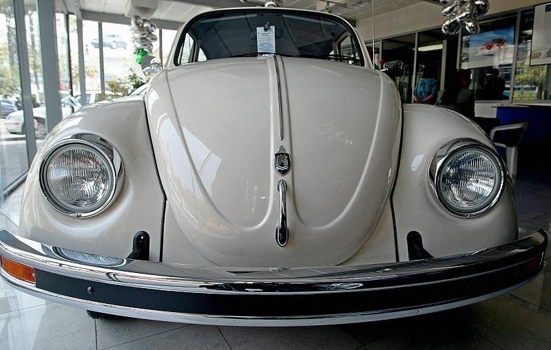 """2004 Volkswagen Beetle """"Last Edition"""""""