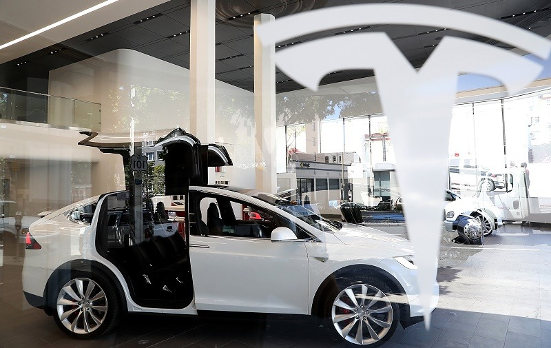 SAN FRANCISCO, CA - AUGUST 10: A Tesla Model X is displayed inside of the new Tesla flagship facility on August 10, 2016 in San Francisco, California. Tesla is opening a 65,000 square foot store, its largest retail center to date. The facility will offer sales and service of Tesla's electric car line. (Photo by Justin Sullivan/Getty Images)
