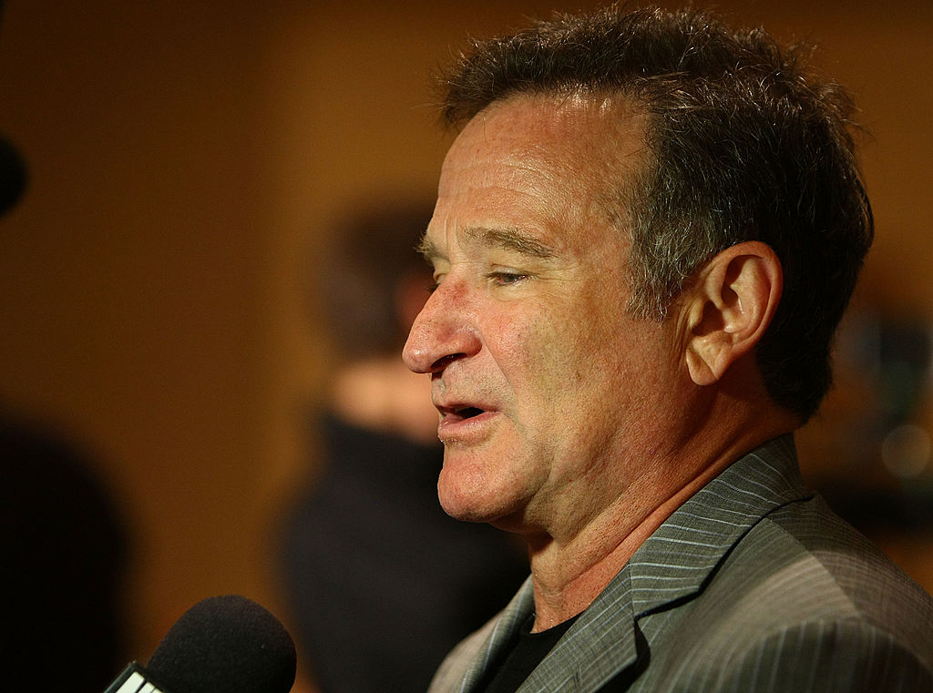 Robin Williams attends the Campaign for a New GI Bill