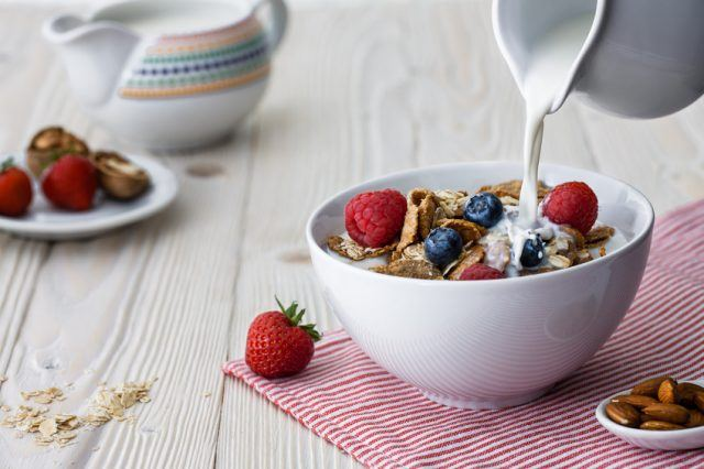 bowl with multigrain natural flakes
