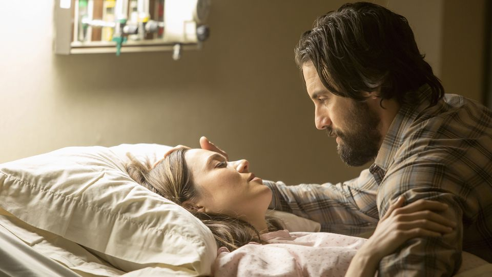 Mandy Moore's Rebecca Pearson and Milo Ventimiglia's Jack Pearson prepare to become parents in a scene from NBC's This is Us
