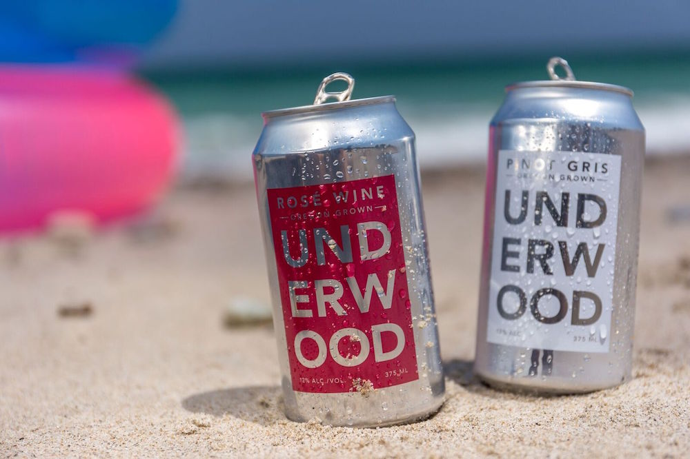 canned wines at the beach