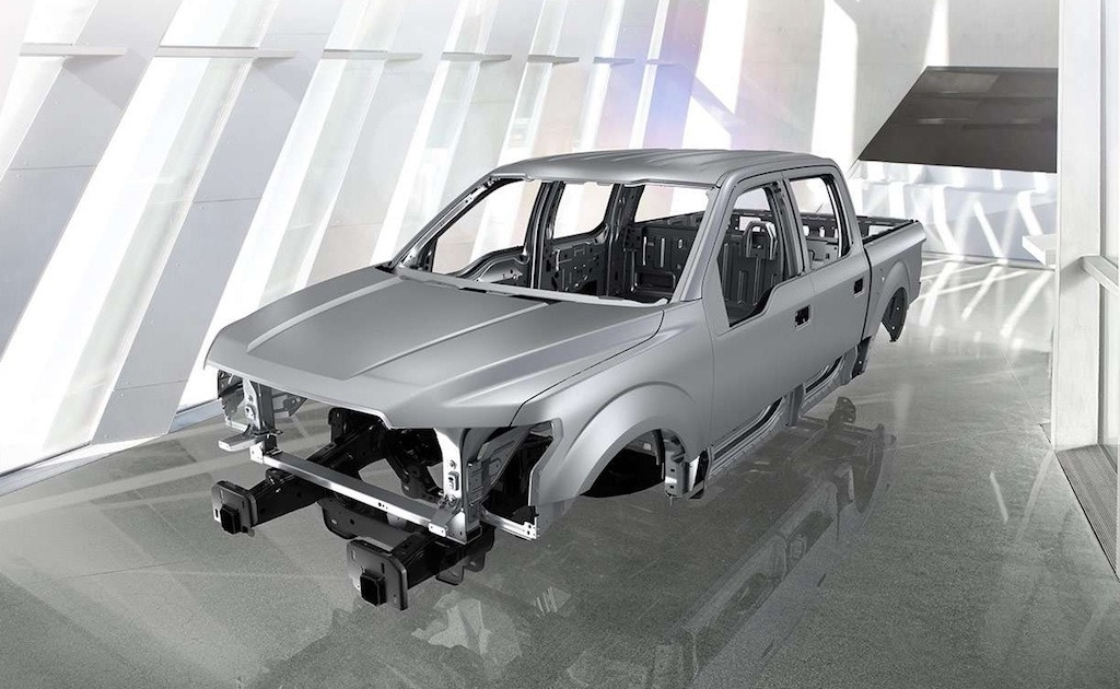2015 Ford F-150 steel frame and aluminum body