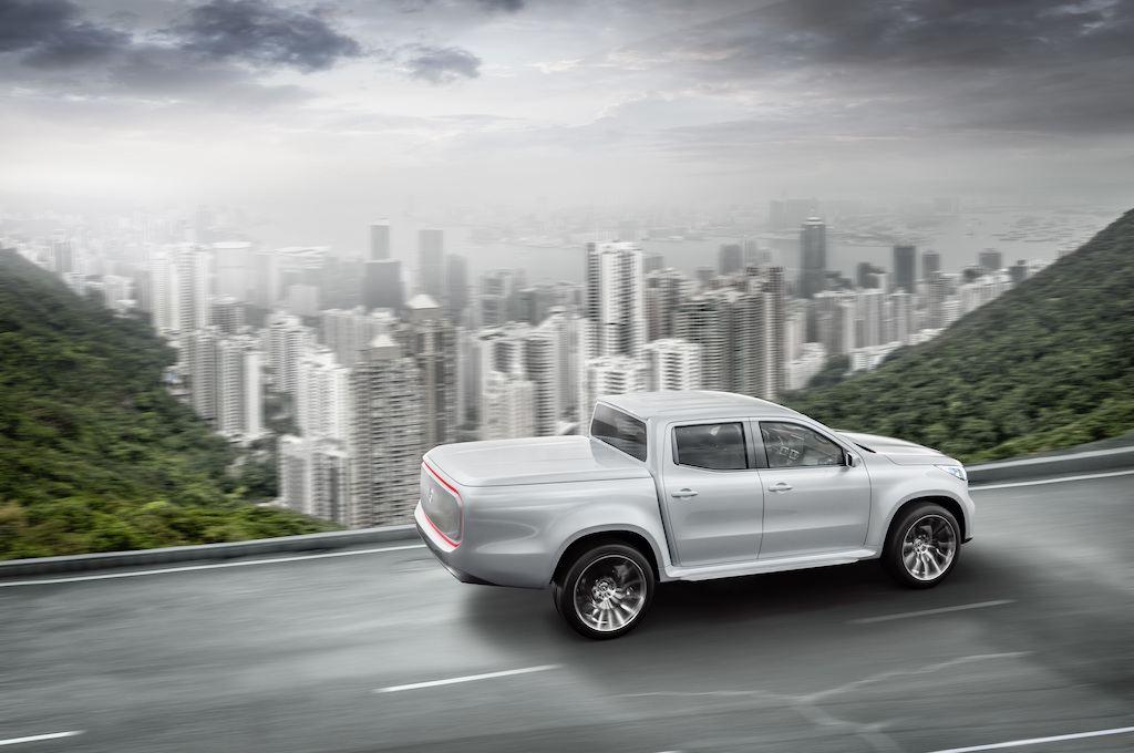 "Mercedes-Benz X-Class ""Stylish Explorer"" concept"