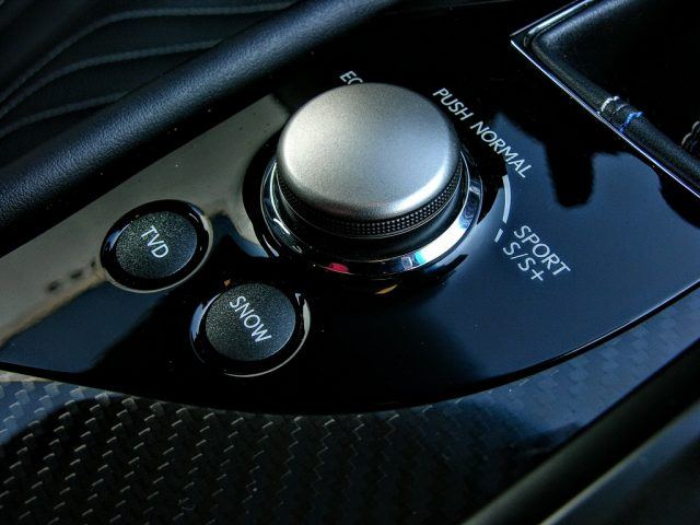 Drive modes and snow traction settings