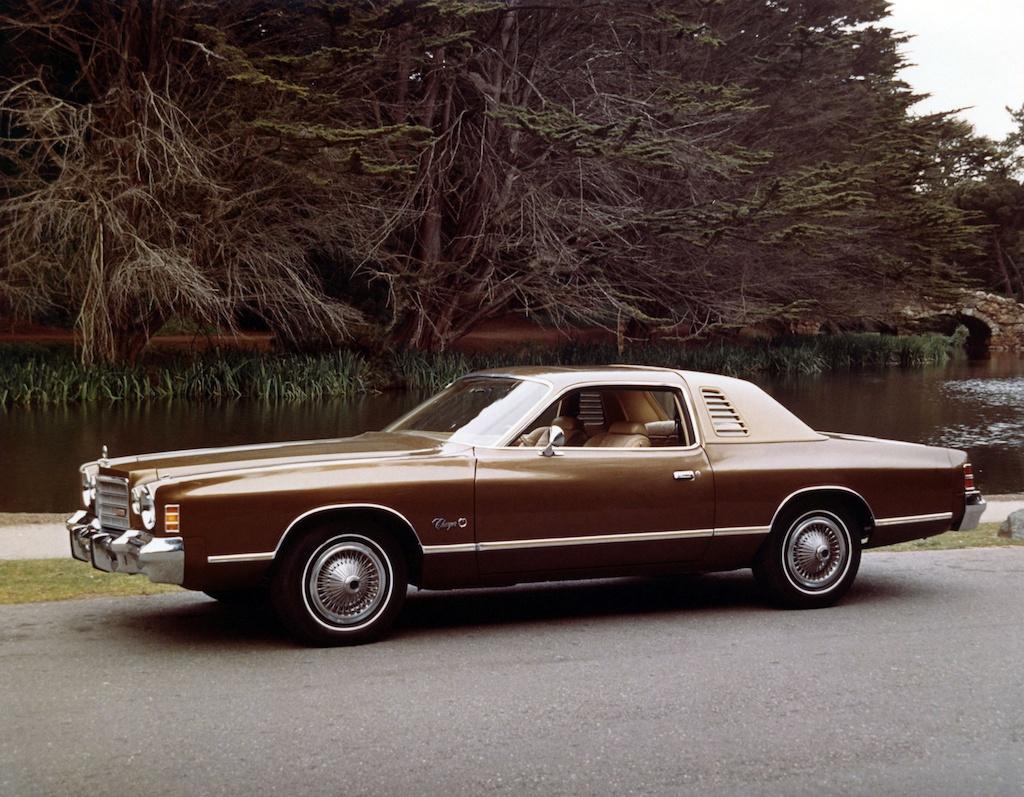 1975 Dodge Charger SE