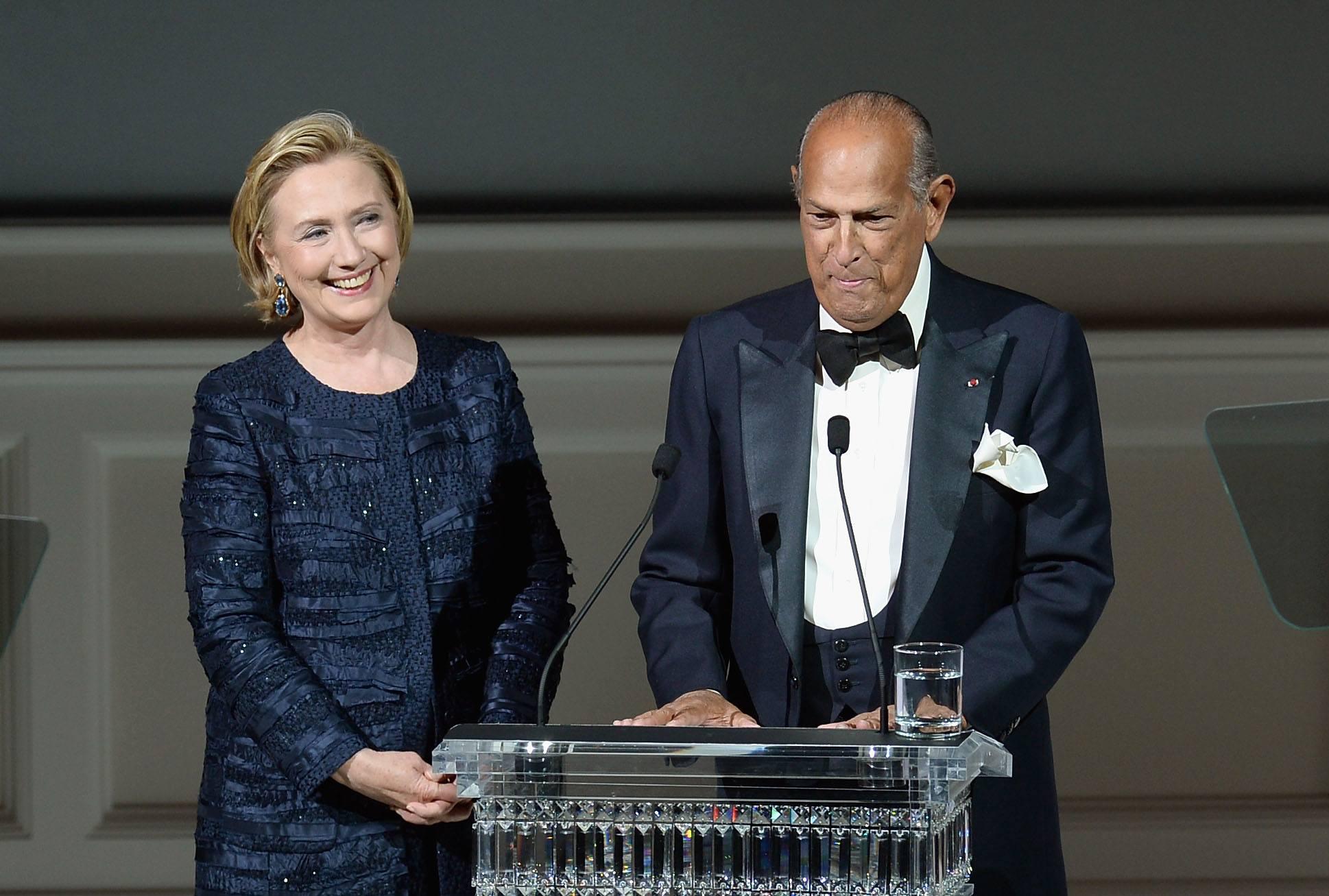 Hillary Rodham Clinton and Oscar de la Renta