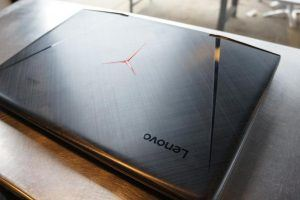 Lenovo Laptop Ideapad Y900 Review: A Crazy Big Gaming Laptop