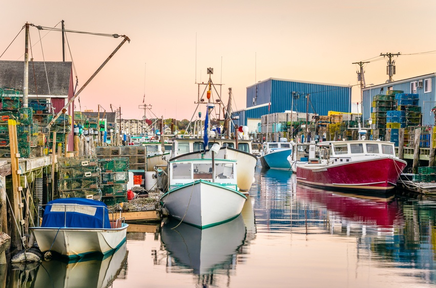 Work is killing you 10 of america 39 s deadliest jobs for Fishing jobs in maine