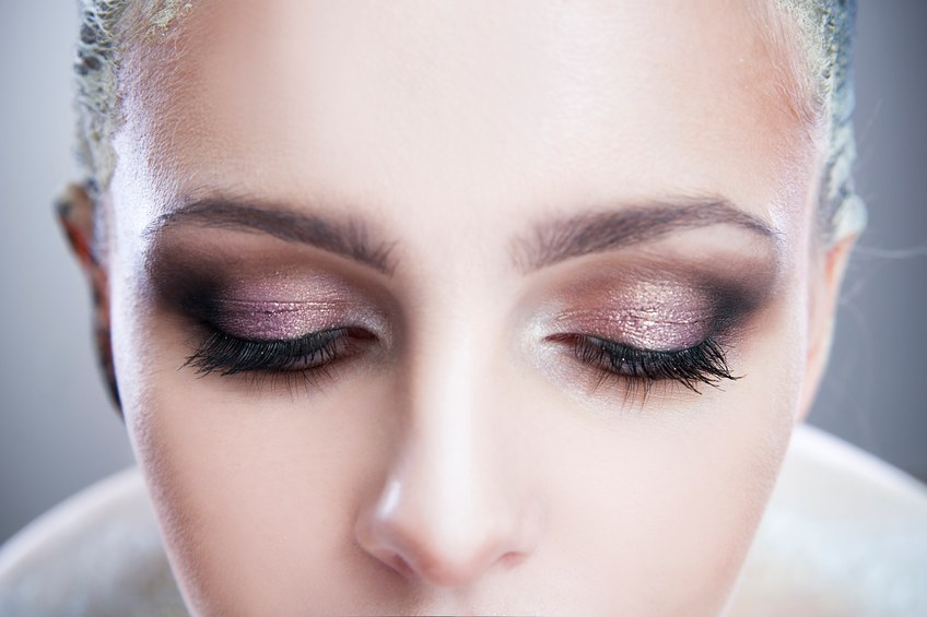 How to Change Your Makeup Look to be Fall Ready in No Time Flat