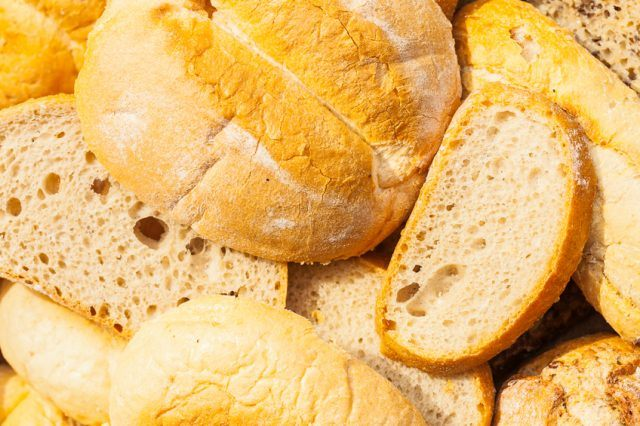 Close-up photo of slices of bread.
