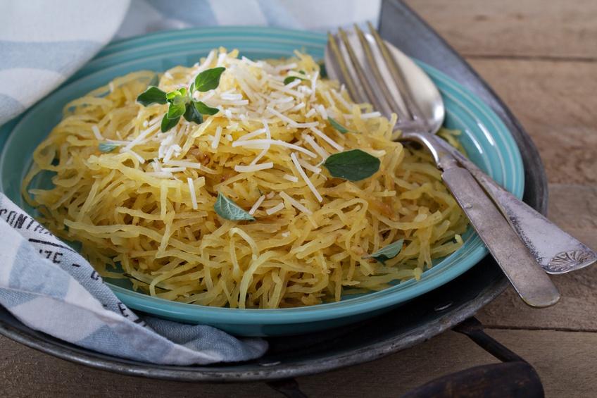Spaghetti squash with herbs | iStock.com/VeselovaElena