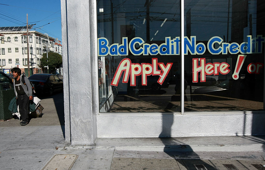 sign advertises loans