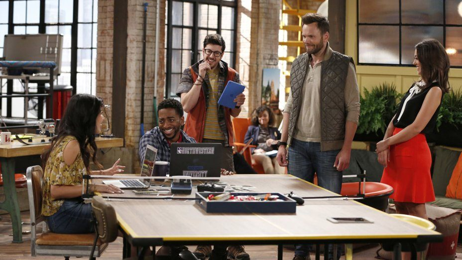 'The Great Indoors': Joel McHale Takes on Millennials in Mediocre Sitcom