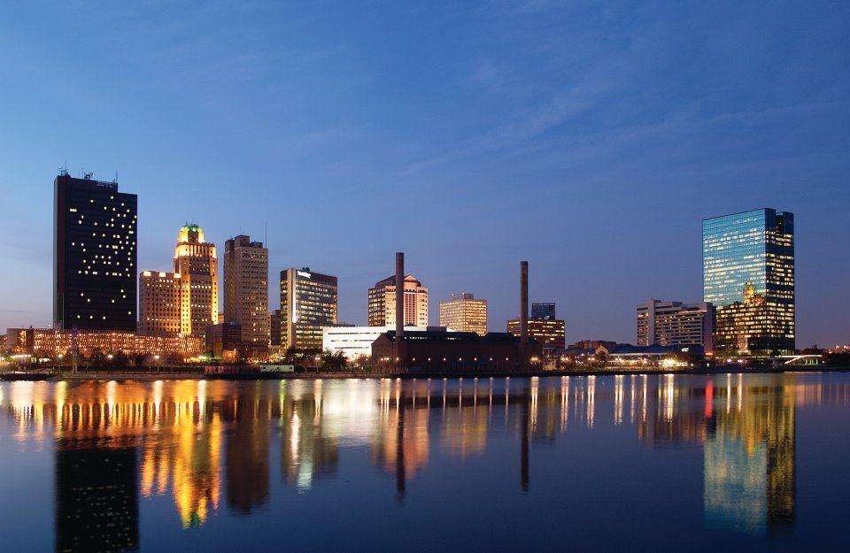 Toledo, Ohio skyline