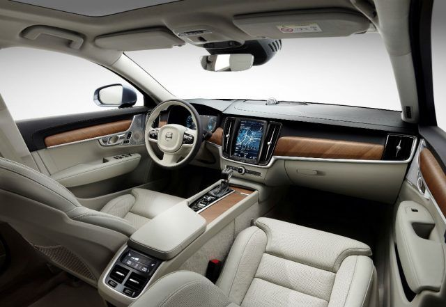 The interior of the Volvo S90 and V90