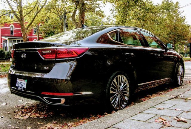 19-inch alloy wheels and integrated exhaust