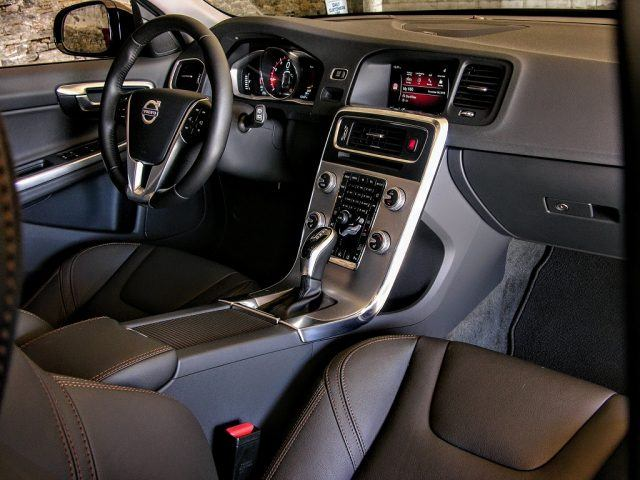 Redesigned interior with aluminum accents
