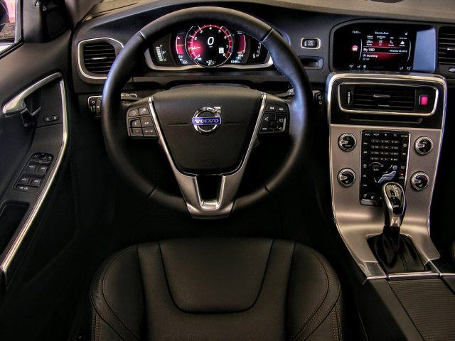 Volvo V60 driver's viewpoint