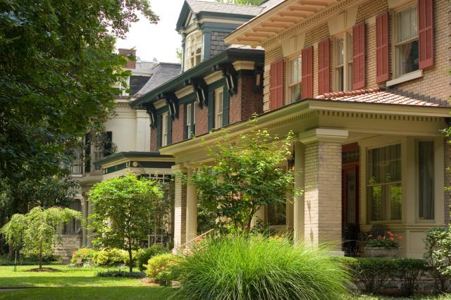 A neighborhood with upper middle class houses in Louisville, Kentucky