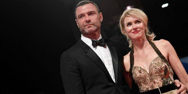 Liev Schrieber and Naomi Watts pose together at a formal event.