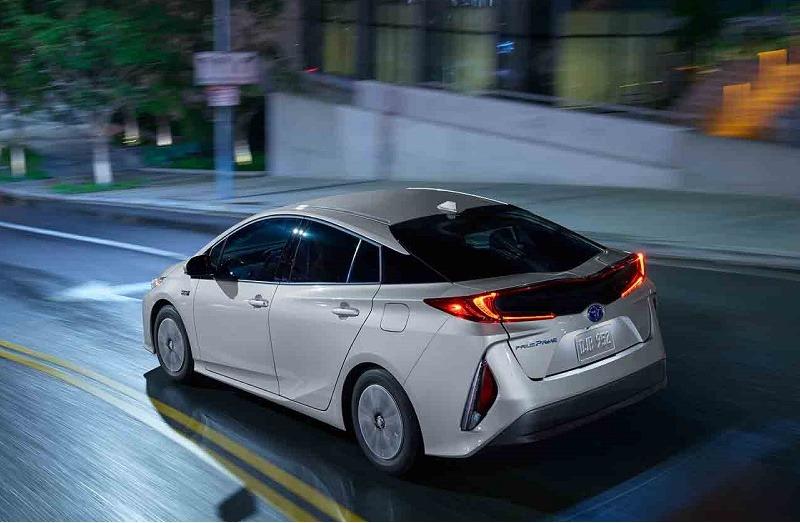 2017 Toyota Prius Prime | Toyota