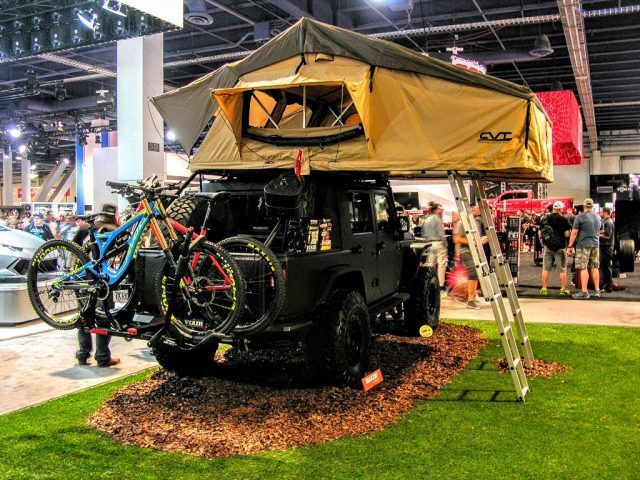 Camping Jeep