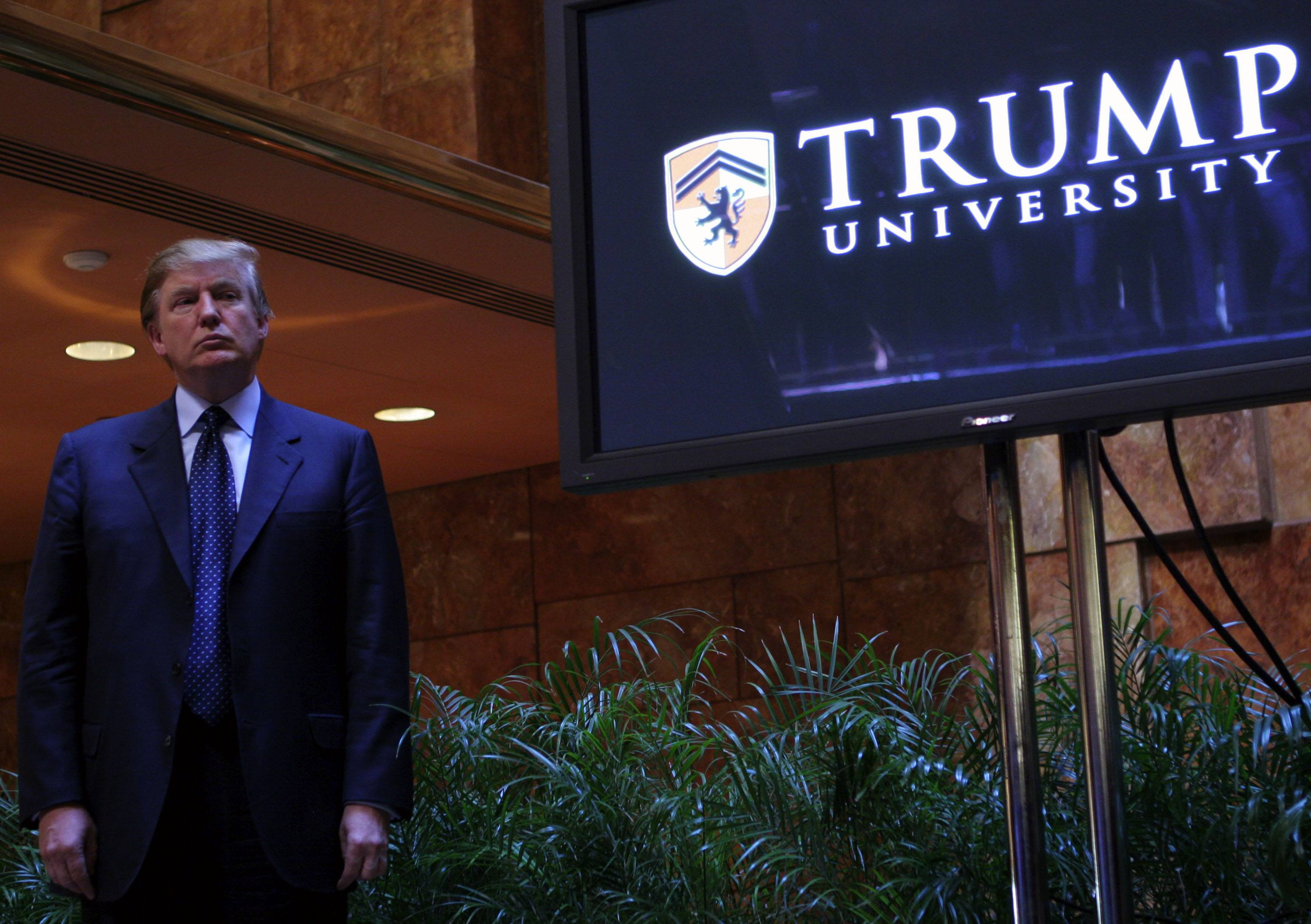 Donald Trump holds a media conference announcing the establishment of Trump University in 2005