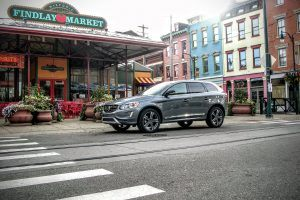 Volvo XC60 T6 Review: Mid-Sized SUV Luxury Is a Swedish Specialty