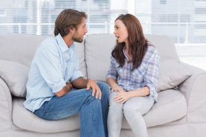 8 Telltale Signs That Your Partner Is Manipulating You