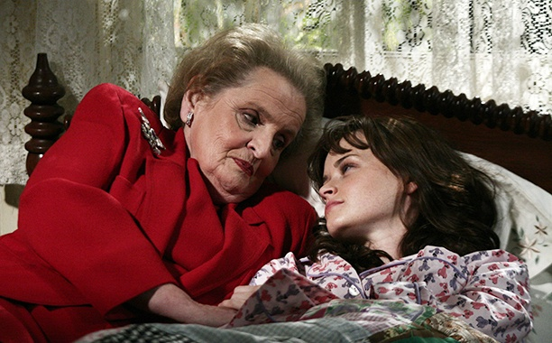 Madeleine Albright on Gilmore Girls | Warner Bros.