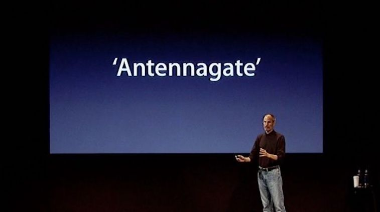 Steve Jobs at a press conference addressing antenna issues in iPhone 4