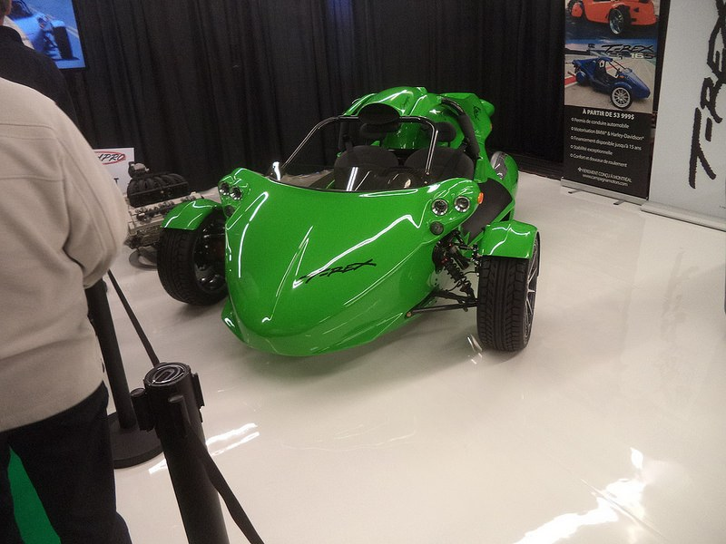 Green Campagna T-Rex 16S on display