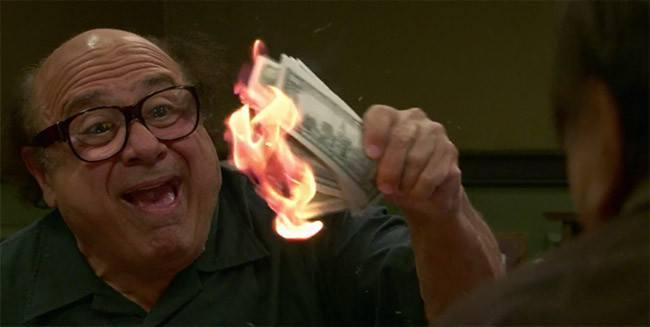 Frank Reynolds lights cash on fire