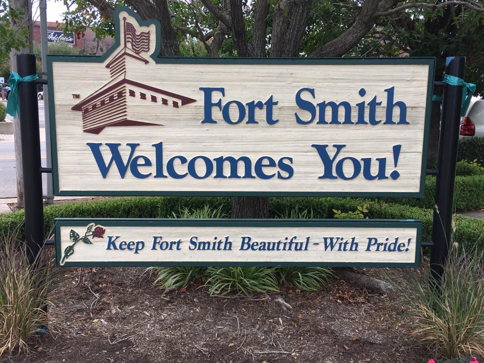 A sign welcoming you to Fort Smith, AR