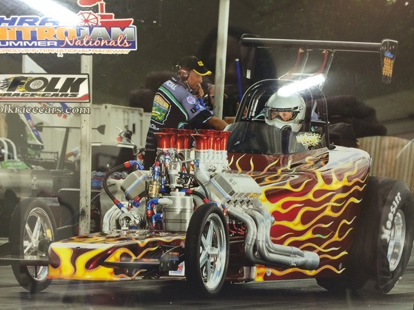 32 Spitzer Bantam with a flame paint job getting ready to race