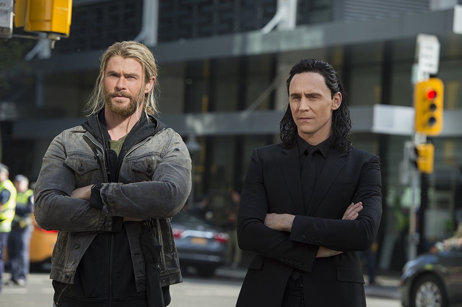 Chris Hemsworth and Tom Hiddleston in Thor: Ragnarok